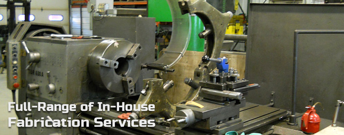 Lathe in Mid-States Hydraulic's machining shop